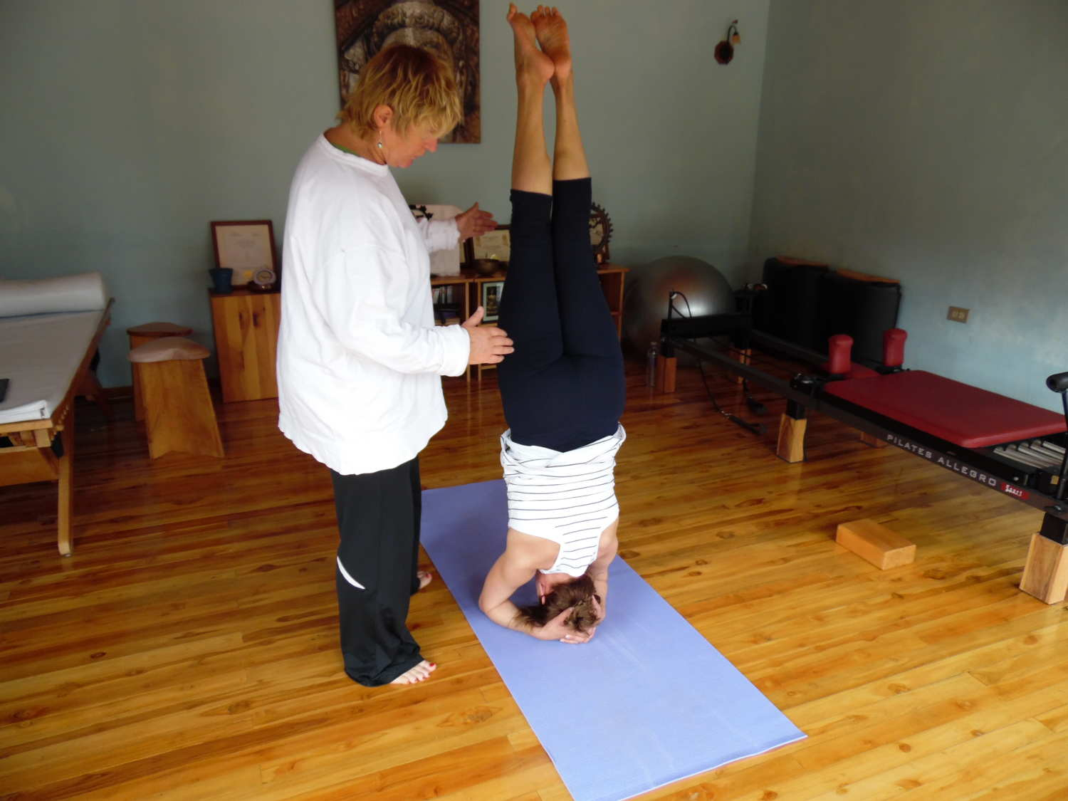 assisted headstand